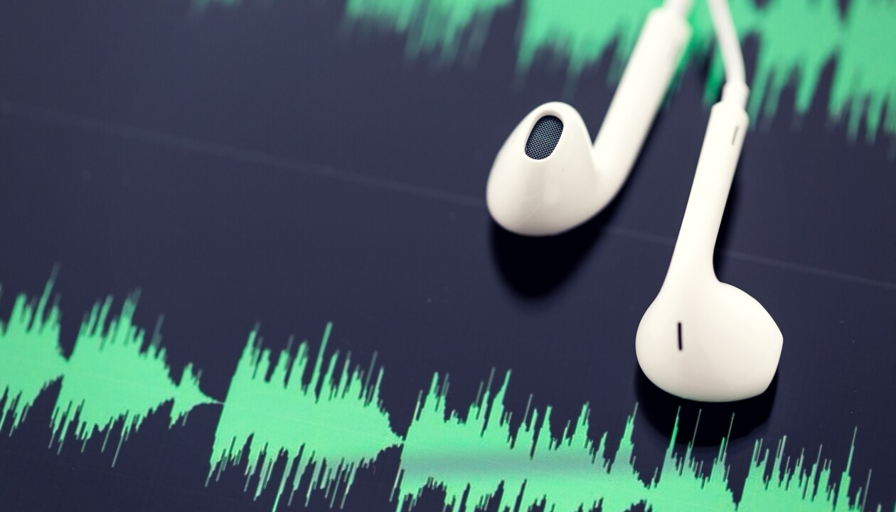 5 Best Podcasts Created By and For Amazon FBA Sellers